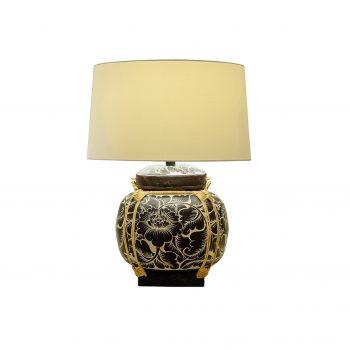Đèn bàn cổ điển trang trí